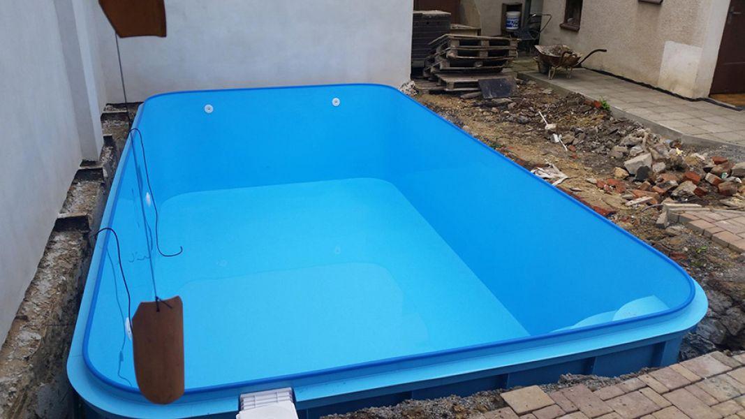 Hluchov Plastové Bazény Do Země Výroba Bazénů